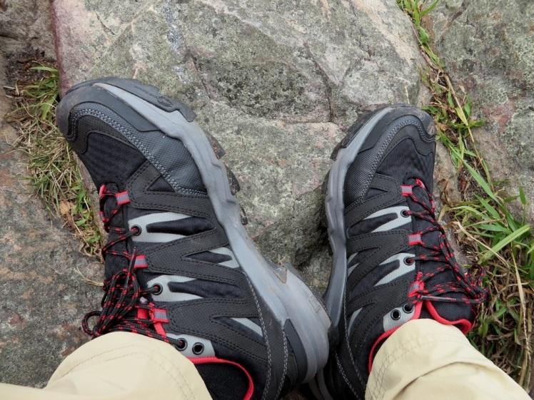 Ahnu Ridgecrest shoes(1)