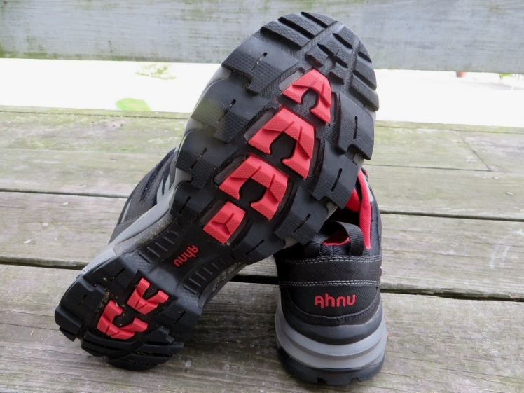 Ahnu Ridgecrest shoes