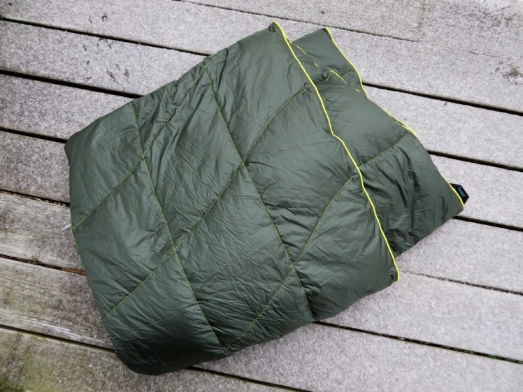 rumpl-down-blanket