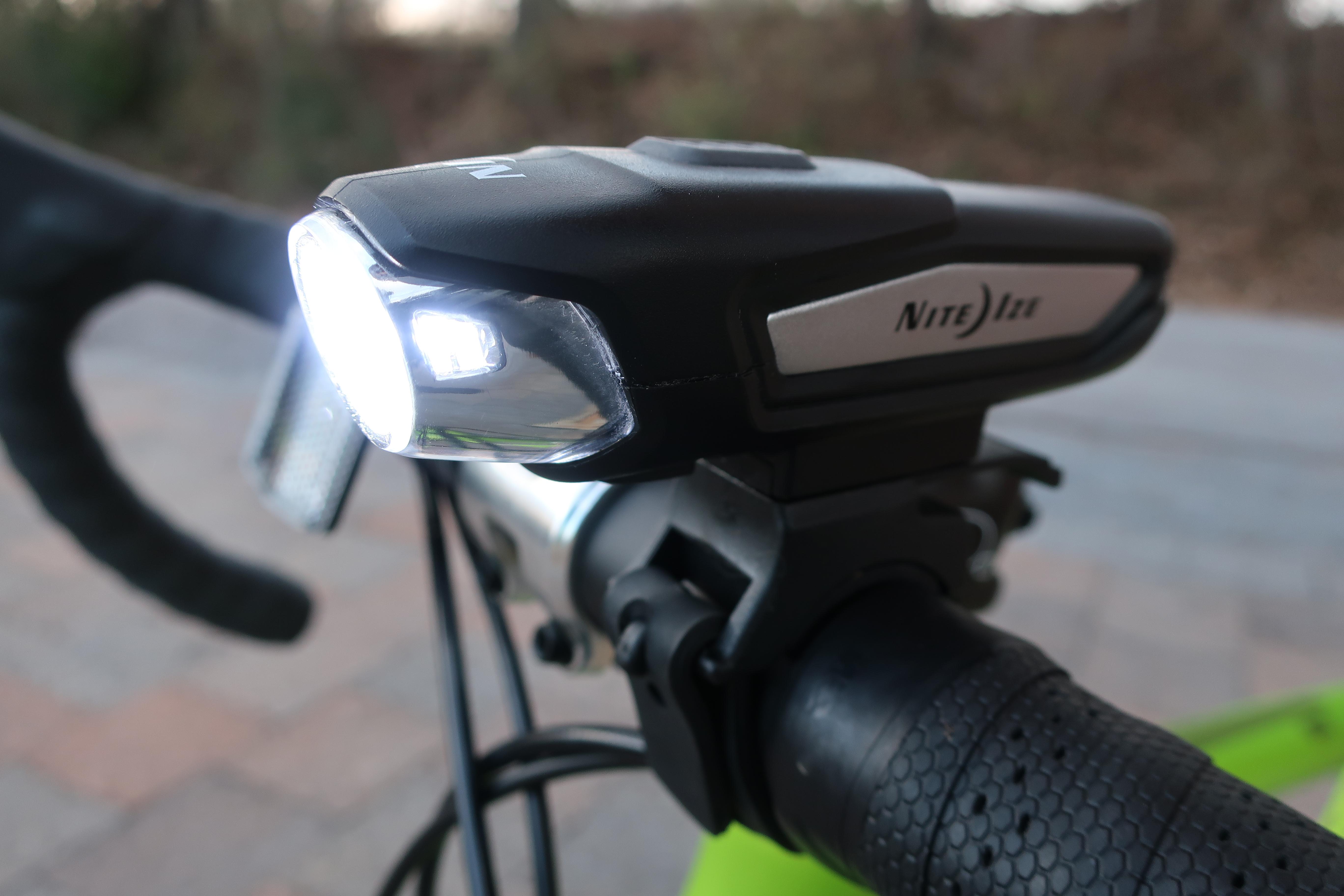 Nite Ize Radiant 750 Lamp